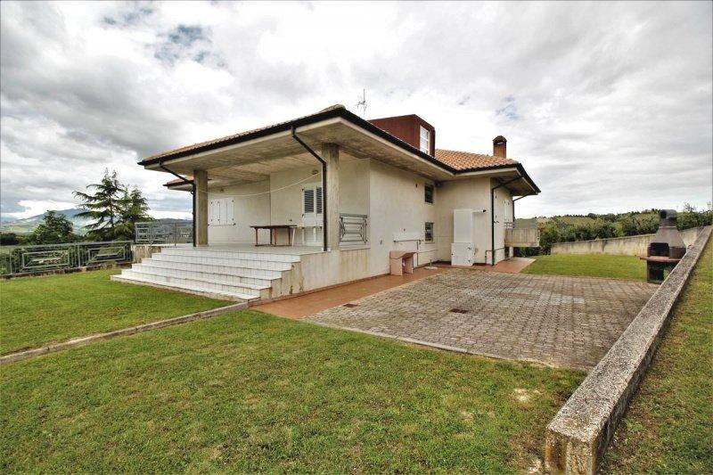 Casa de campo en Castorano