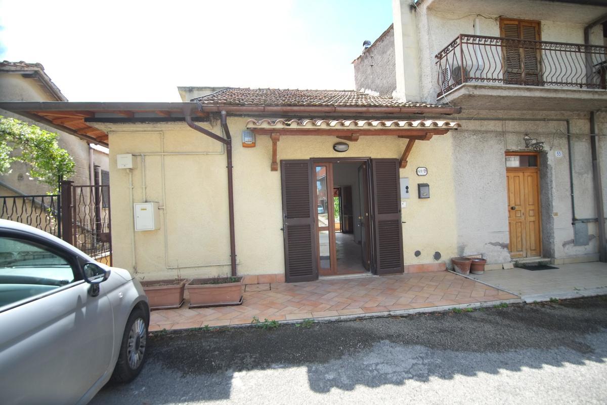 Maison mitoyenne à Poggio Nativo