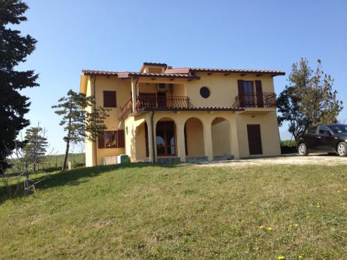 Landhaus in Fratte Rosa