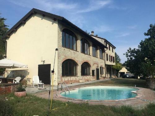 Villa à Ottiglio
