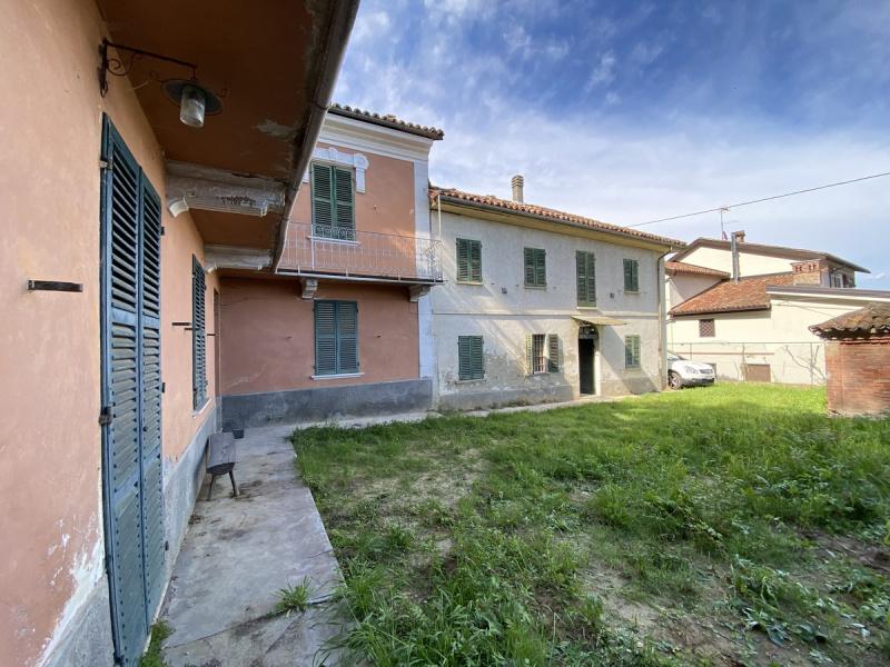Casa independiente en Incisa Scapaccino