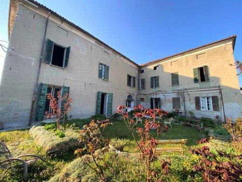 Villa in Carpeneto