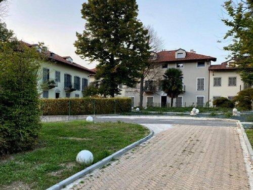卡斯蒂廖内托里内塞公寓