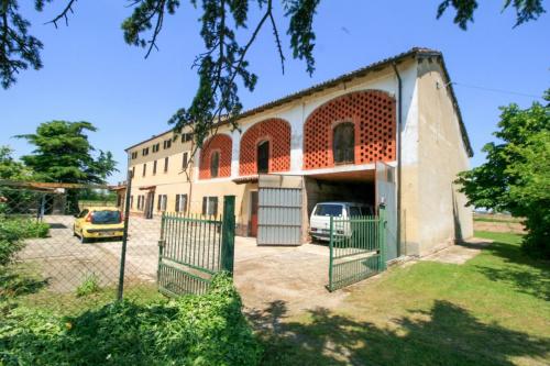 Bauernhaus in Frassineto Po
