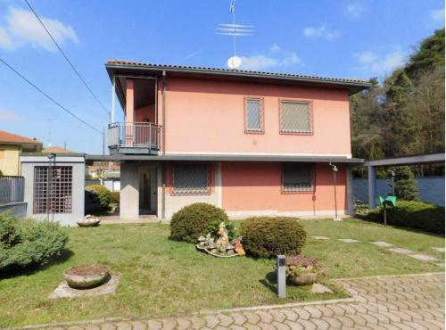 Villa in Somma Lombardo