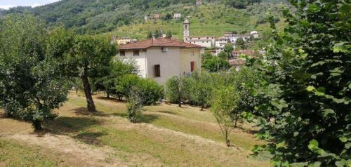 Villa in Borgo a Mozzano