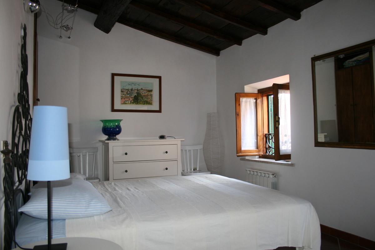 特拉西那历史性公寓