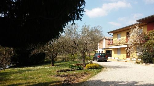 Hus på landet i Volpago del Montello