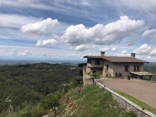 Villa in Montaldo di Mondovì