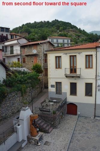 Doppelhaushälfte in Molini di Triora