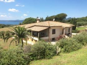 Villa en Trevignano Romano