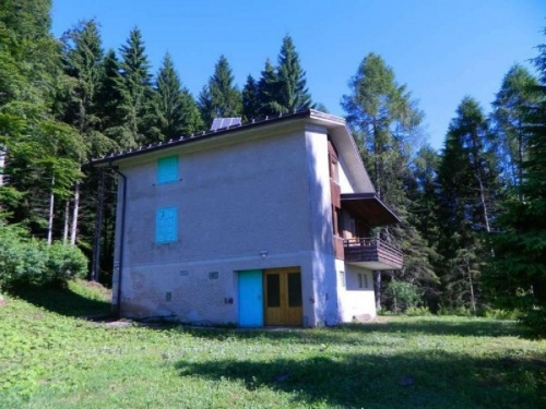 Country house in Tione di Trento