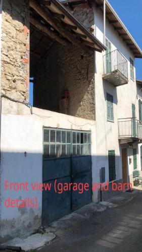 Hus på landet i Castelletto d'Orba