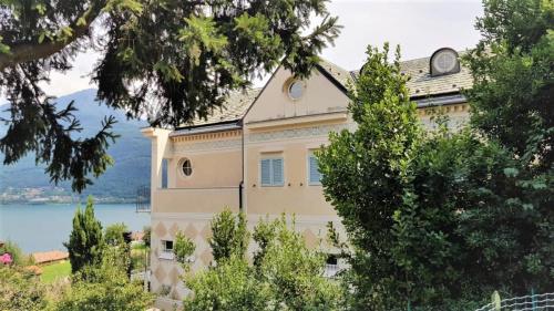 Villa i Pianello del Lario