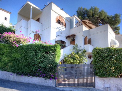 Detached house in Pietra Ligure