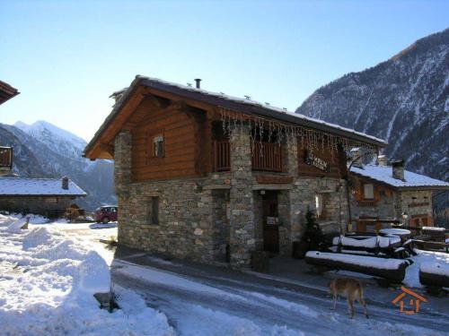 Casa independente em Brusson