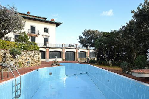 Villa in Rosignano Marittimo
