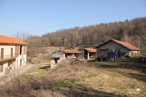 Bauernhaus in Cortemilia