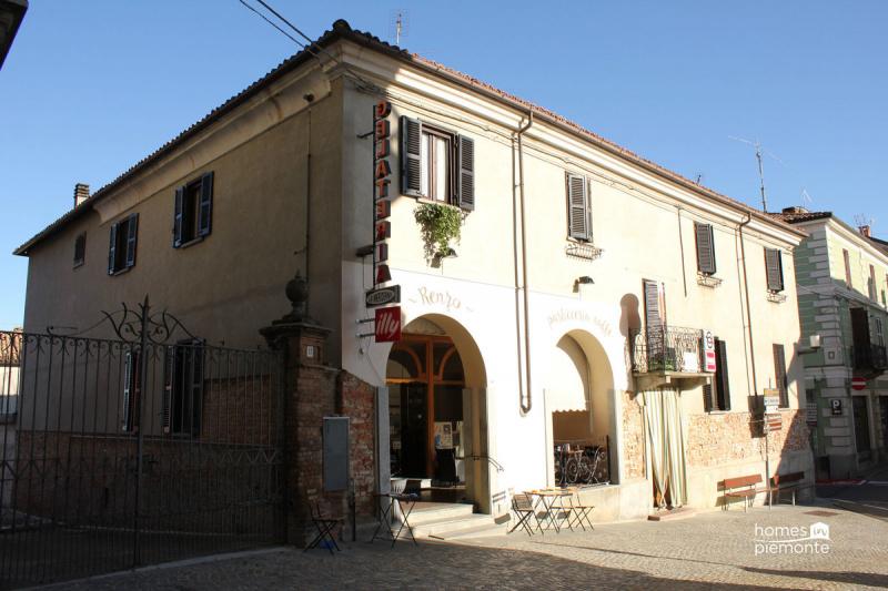 Inmueble comercial en Agliano Terme