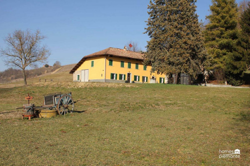 尼扎蒙费拉托农舍