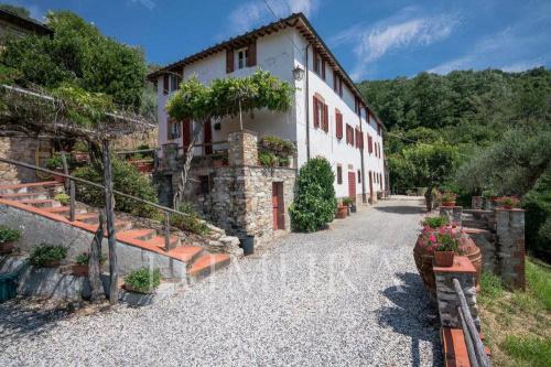 Casa di campagna a Lucca