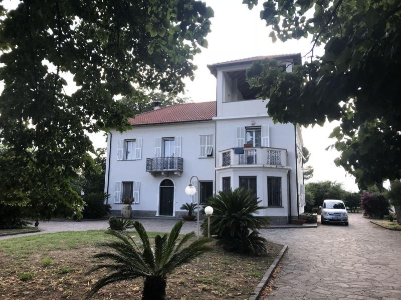 Villa in Albenga