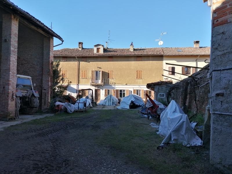 Doppelhaushälfte in Oviglio