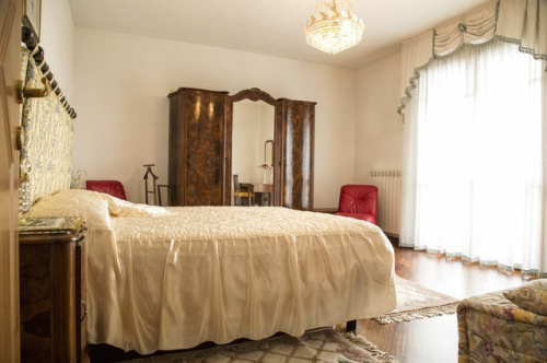 Villa en Pescia