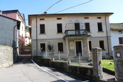 Casa independiente en Blessagno