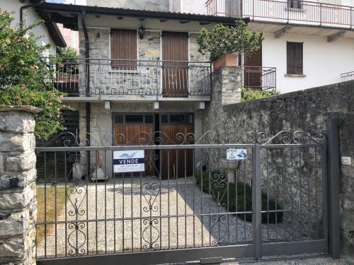 Casa independiente en Centro Valle Intelvi