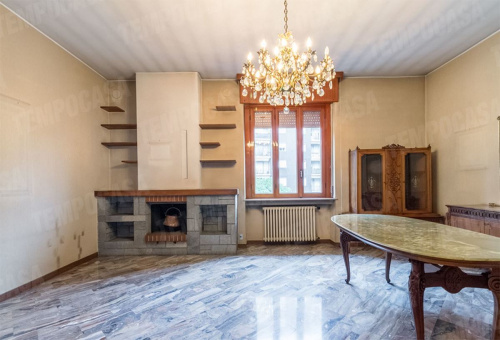 Detached house in Cinisello Balsamo