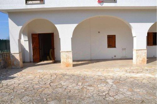 法萨诺半独立房屋