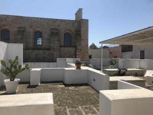 Hus från källare till tak i Ugento