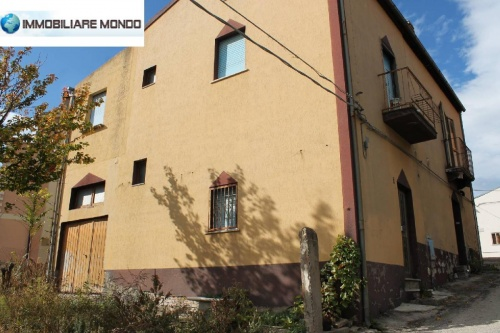 Detached house in Montecilfone