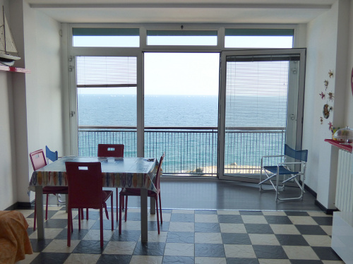 Self-contained apartment in Sanremo