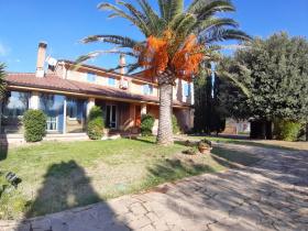 Villa i Montegranaro