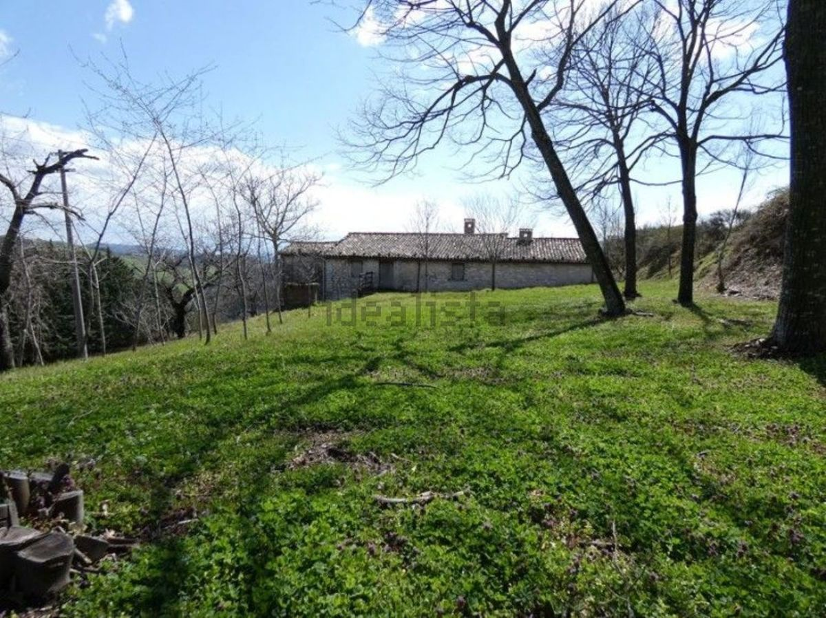 Country house in Cagli