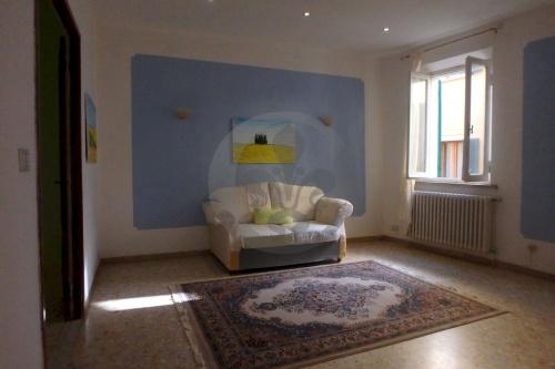 蒙特普齐亚诺独立公寓