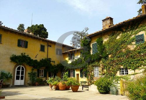 Castle in Montespertoli