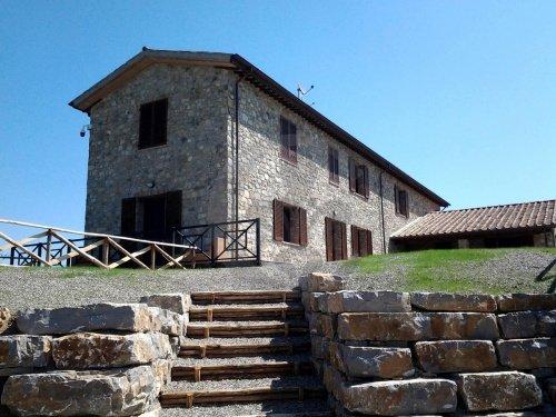 Farmhouse in Fabro