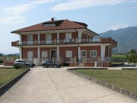 Villa a Alife
