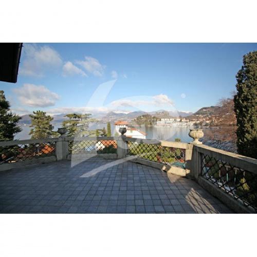Villa i Laveno-Mombello