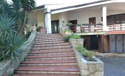 Villa en Matino