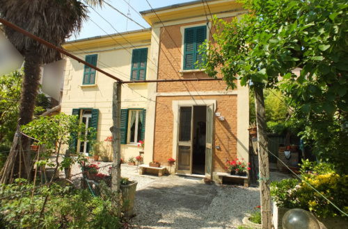 Detached house in Pesaro