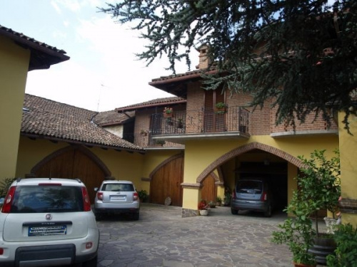Einfamilienhaus in Calosso