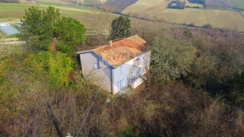 Villa i Osimo