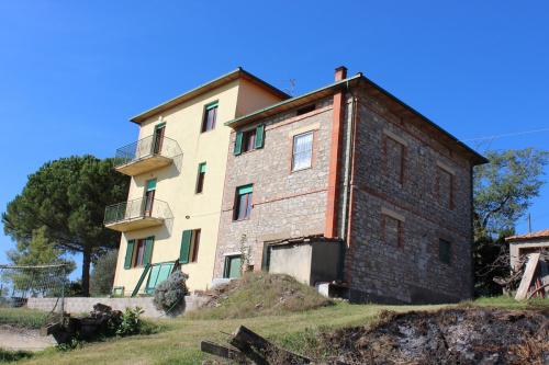 Casa di campagna a Castiglione del Lago