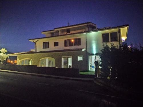 Особняк из двух квартир в Греве-ин-Кьянти