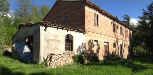 Landhaus in Mombaroccio