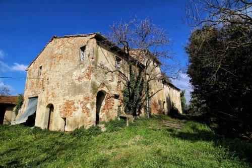 Casa en Collesalvetti